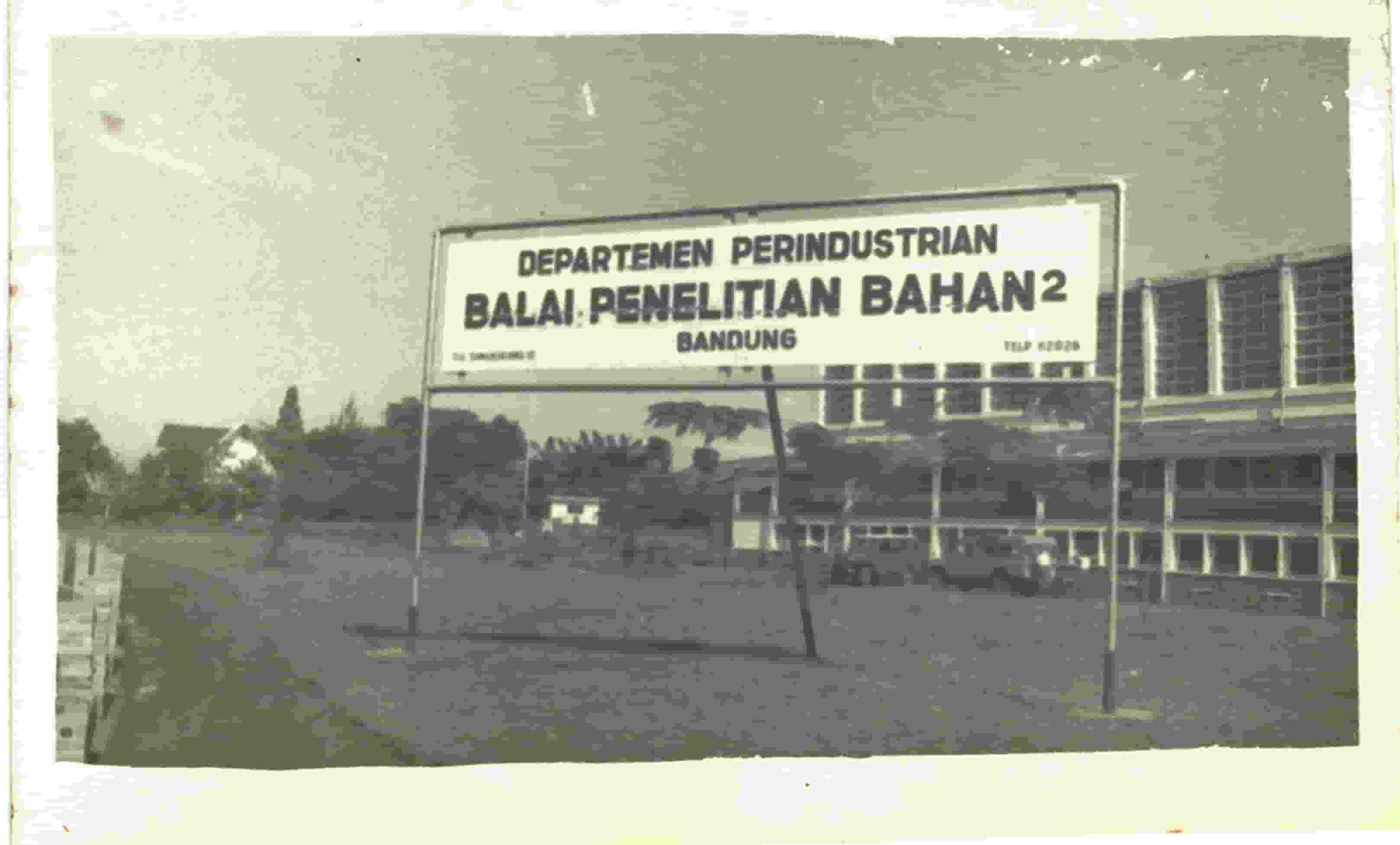 Sejarah B4T (photo)